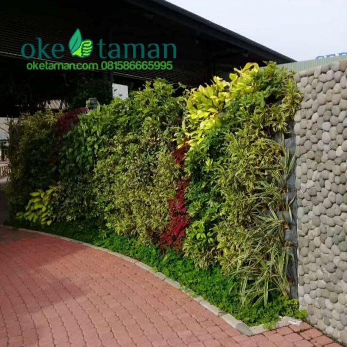 jasa-pembuatan-vertical-garden-gratis-penyiraman-otomatis